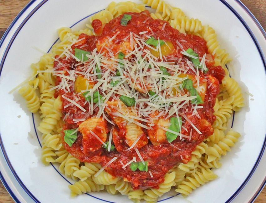 Marukan Zesty Marinara Pasta with Chicken