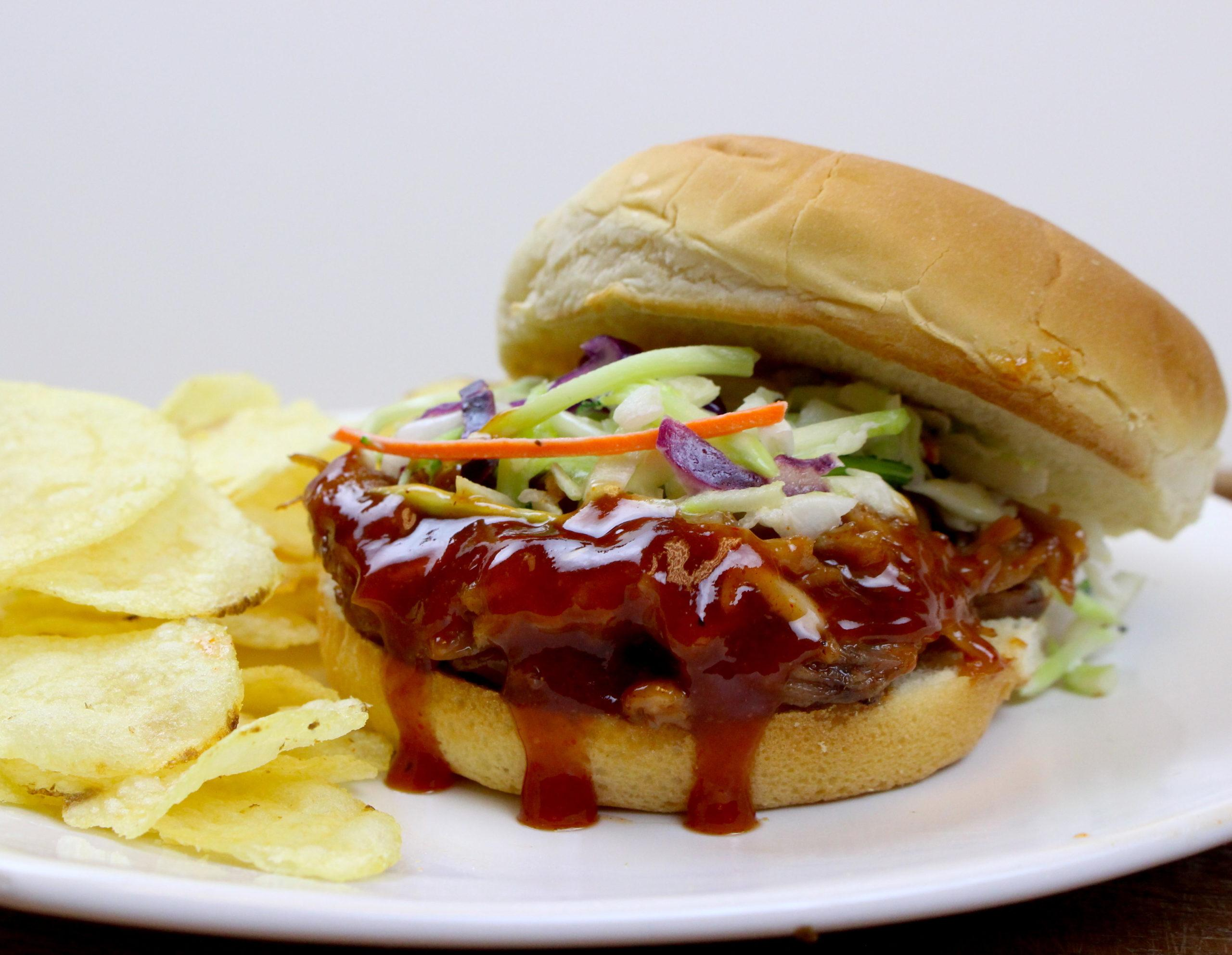 Marukan Instant Pot BBQ Pulled Pork Sandwiches