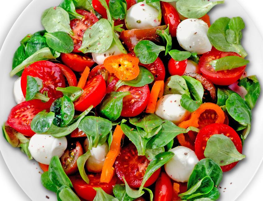 Marukan Spinach, Mozzarella and Tomato Salad